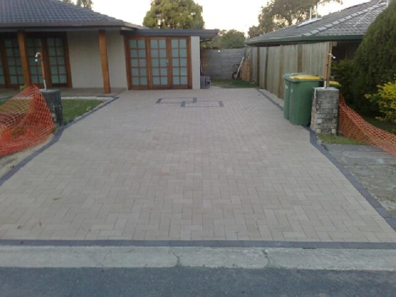 paving driveway clay pavers