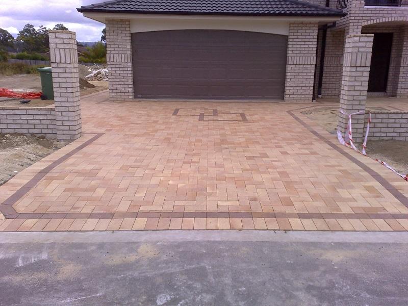 driveway paving clay pavers 230x115 border