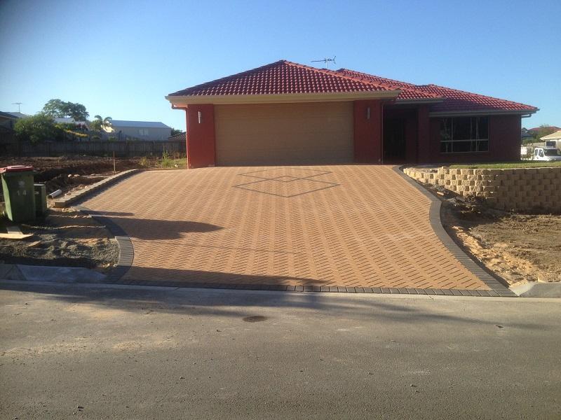 paving driveway concrete pavers border feature