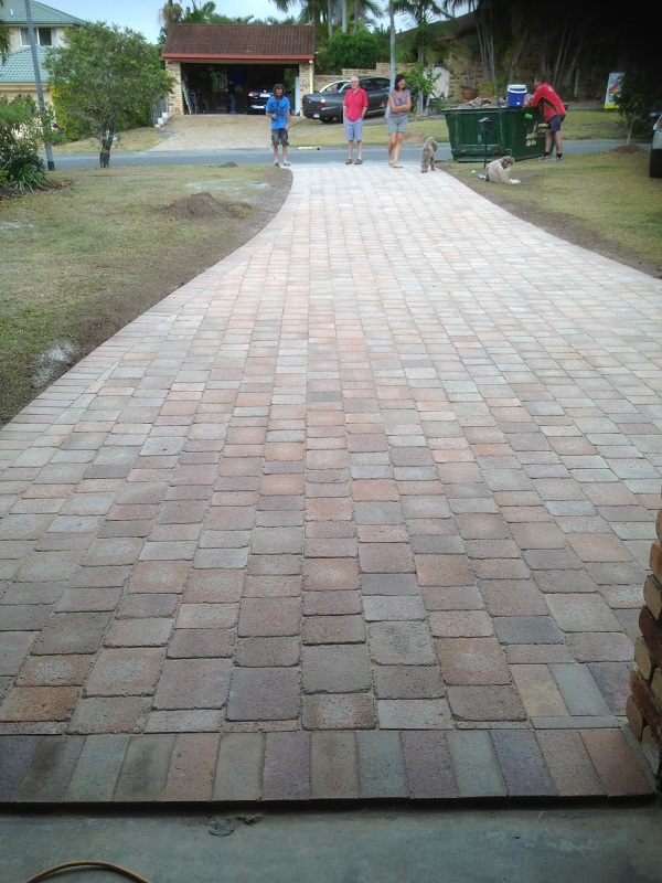 paving driveway concrete pavers used