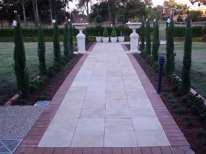 paving path concrete pavers 400x400 border