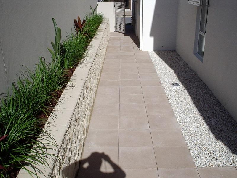 paving path concrete pavers 500x500 retaining wall