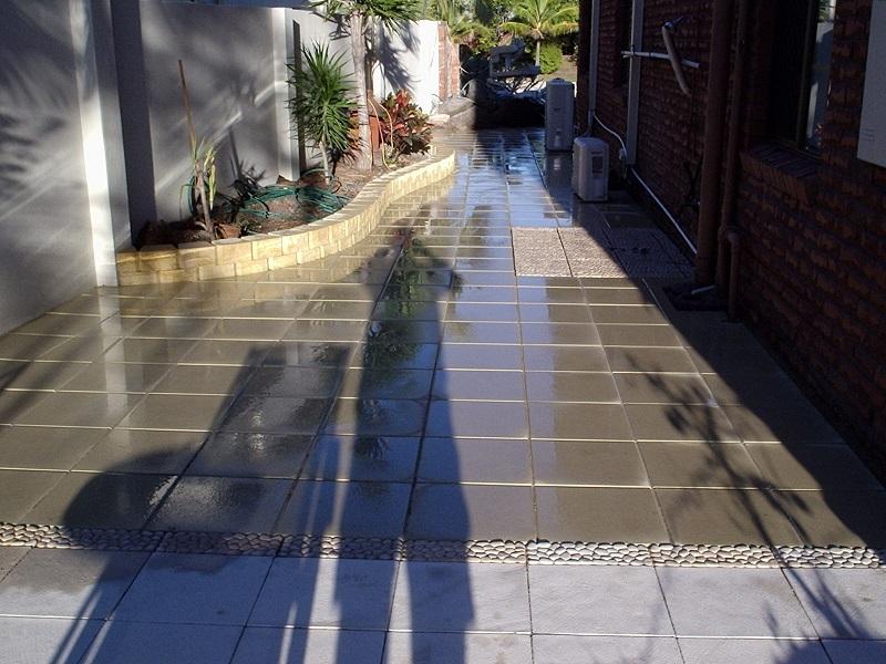 Gold Coast paving pathway concrete pavers 400x400