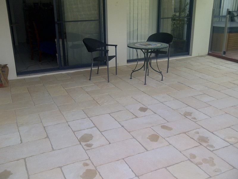 Paving patio concrete pavers bradstone