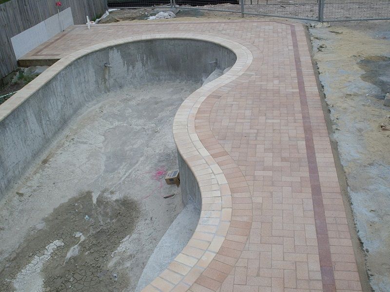 Gold Coast paving pool clay pavers 230x115
