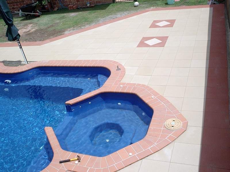 paving pool concrete pavers 400x400
