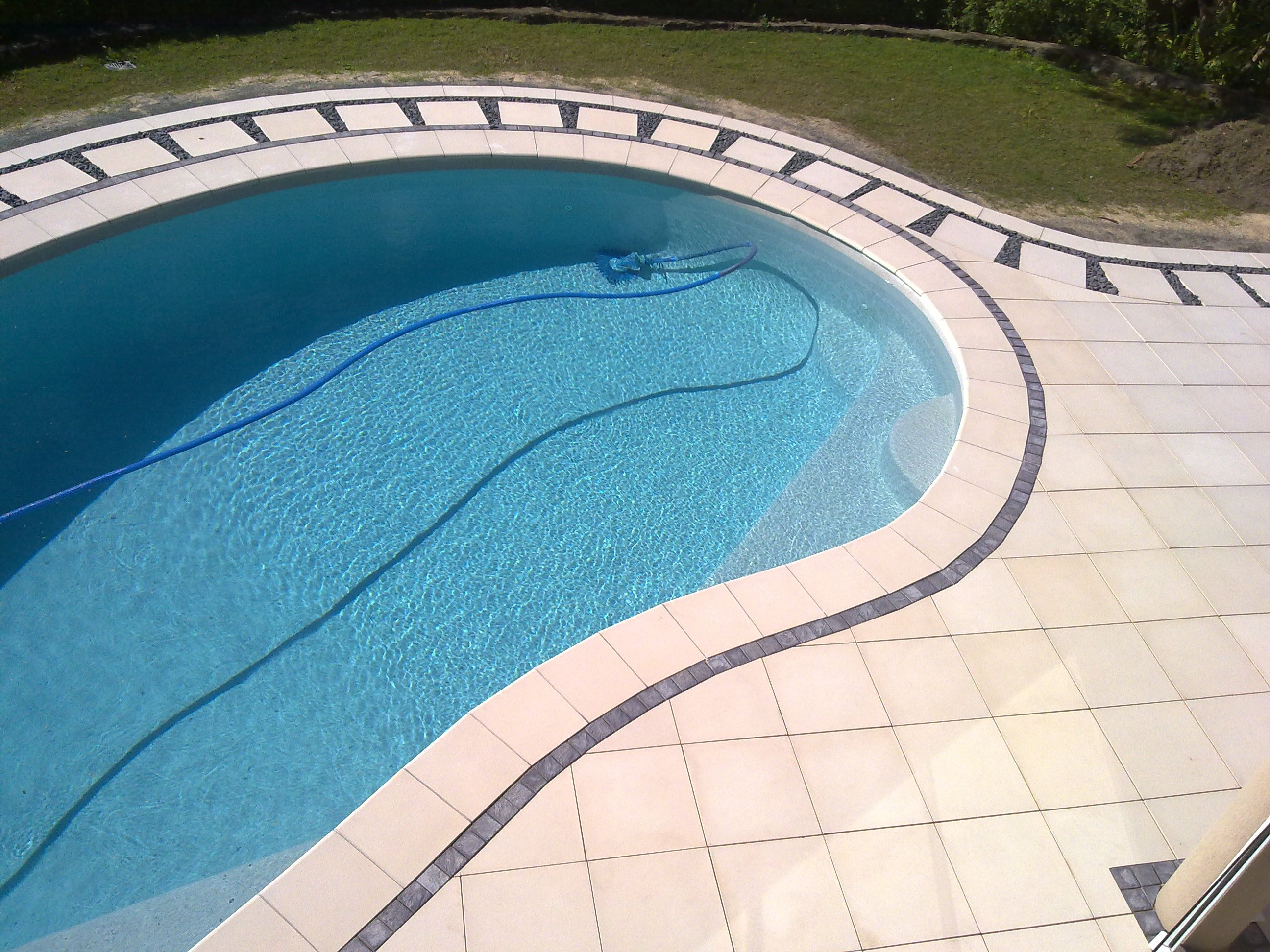Gold coast paving work before after we r paving for Pool design gold coast